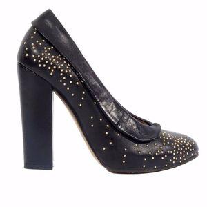 Chloé Suzanna Studded Round-Toe Leather Pumps 38